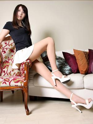 正統派の美女★長身&スレンダーボディ★もちろん、超美脚♪★透明感のある雰囲気で色気も、たっぷり♪