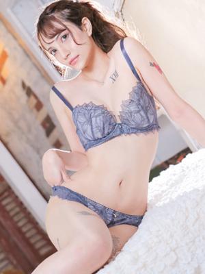 ジャスミン【美形すぎるハーフ】